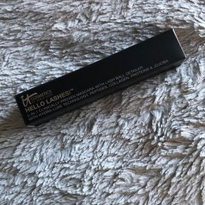 Other - It cosmetics hello lashes